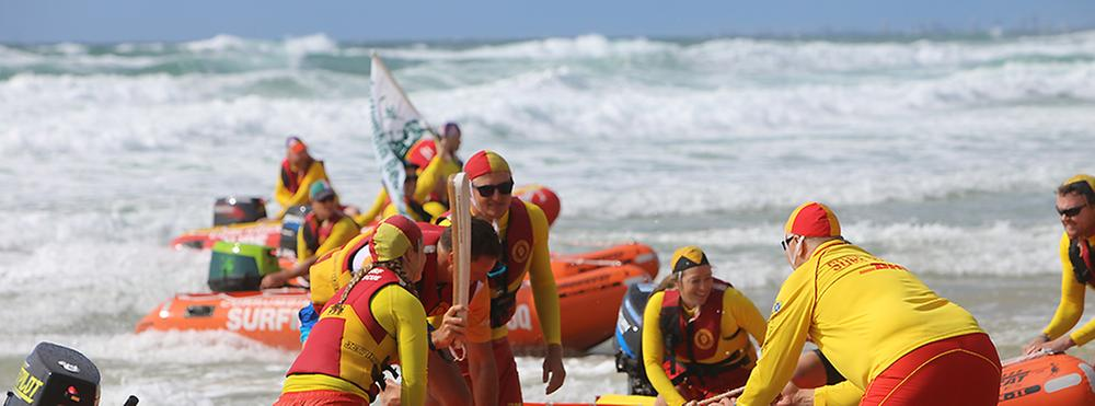 Gold Coast Commonwealth Games Queens batton arriving by sea